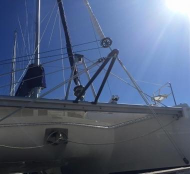 Leopard44-trogear-bowsprit-mack-sails