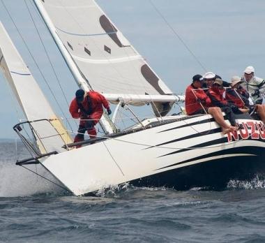 Nuzulu-stienman-half-tonner-Australia-Trogear-bowsprit
