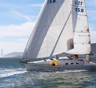Trogear-Bowsprit-Beneteau-Code0